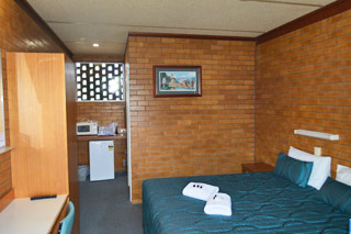 Room at Pittsworth Hotel Motel